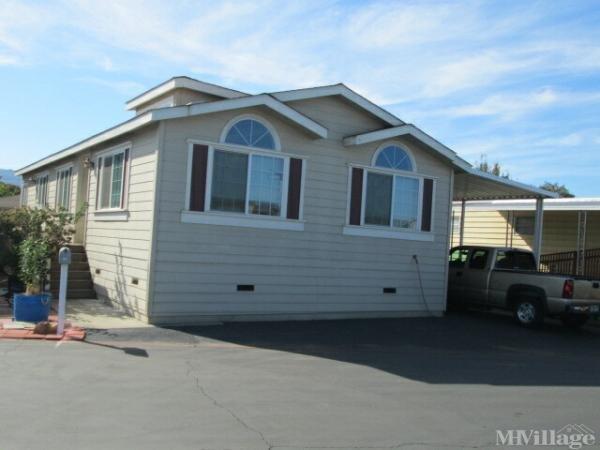 Photo of Wagon Wheel Mobile Home Park, Gilroy, CA