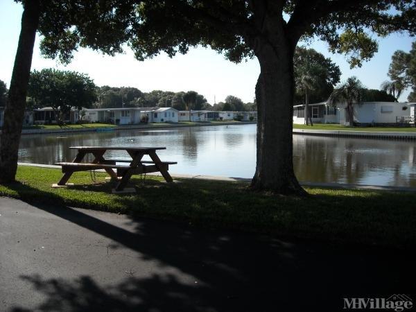 Lake Placid Park Mobile Home Park in Largo, FL
