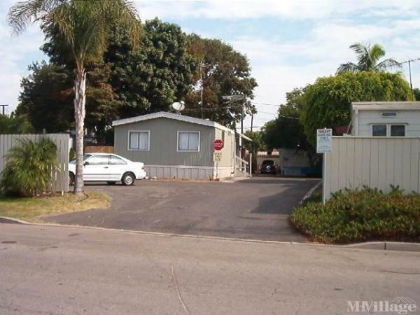 Photo of Palms Mobile Home Park, Costa Mesa, CA