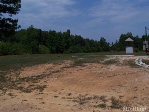 Photo of Liles Mobile Home Park, Kenbridge, VA