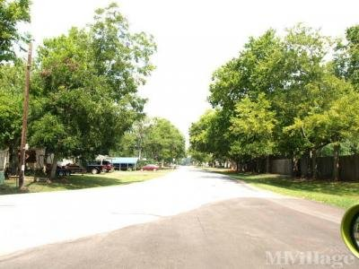 Mobile Home Park in Richmond TX