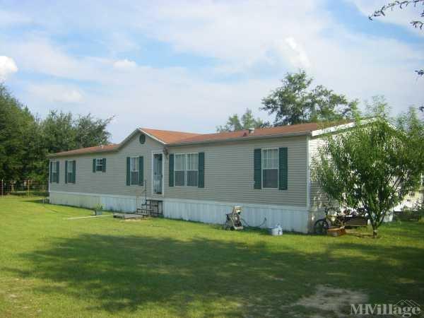 Cotton Hills Estate Mobile Home Park in Douglas, GA
