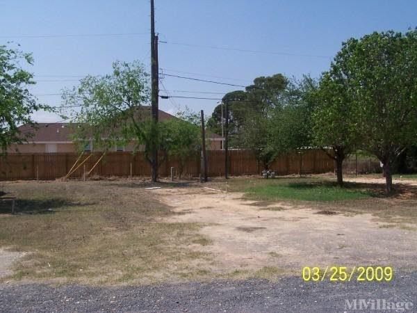 Photo of Yecca Mobile Home Park, Carrizo Springs, TX