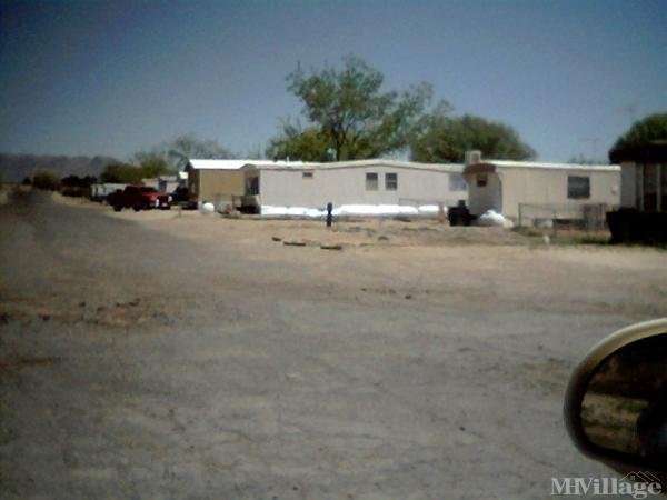 De La Te Manor Mobile Home Park in Las Cruces, NM