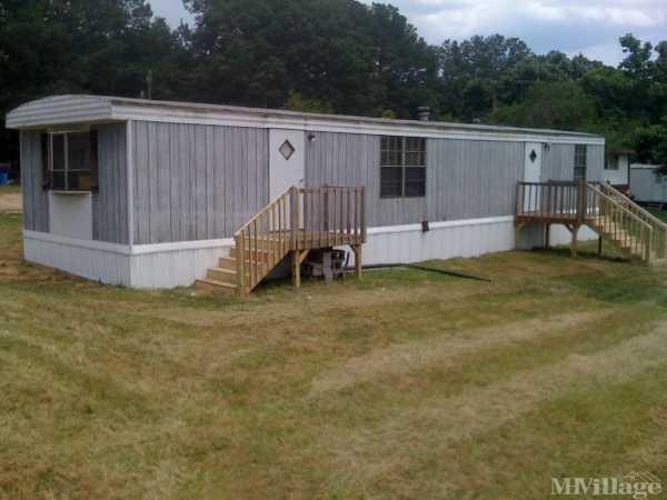 Oak Springs Community Mobile Home Park in Statham, GA