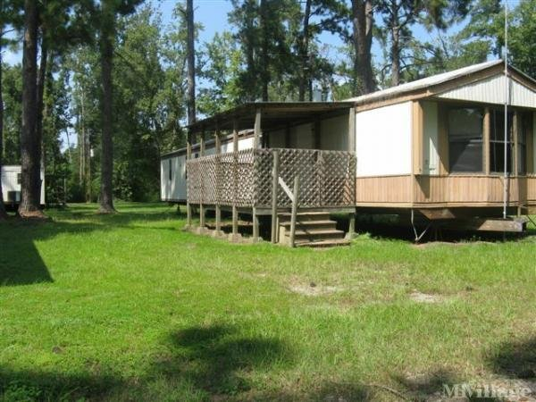 Photo of Crestwood Mobile Home Park, Vidor, TX