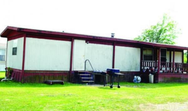 Photo of J & J Mobile Home Park, Pineland, TX