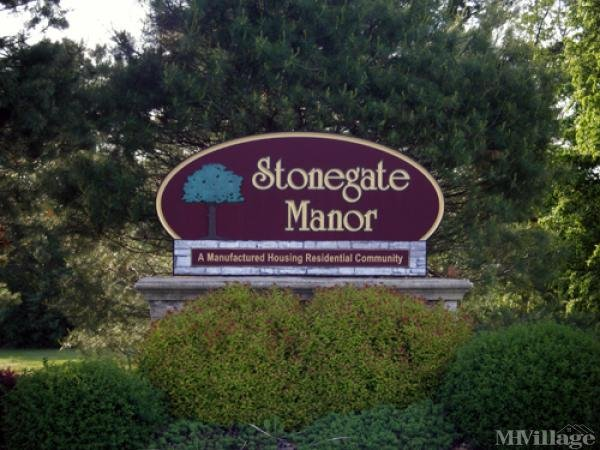 Stonegate Manor Mobile Home Park in North Windham, CT