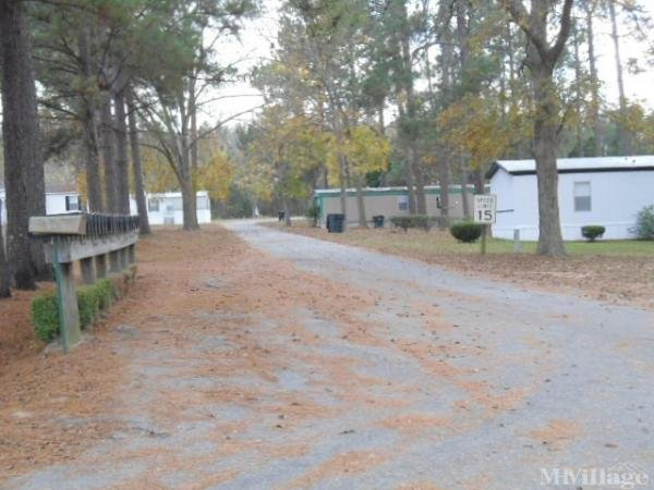 Shady Pines MHP Mobile Home Park in Douglas, GA