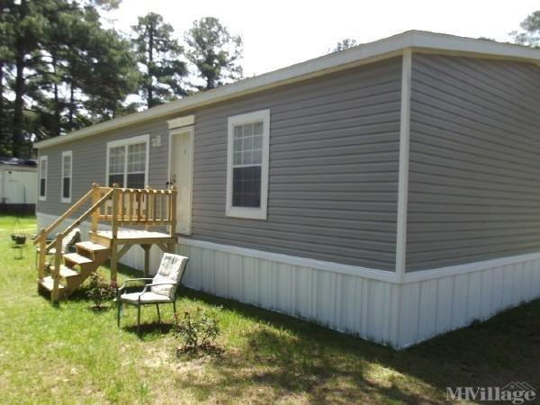 Photo of Arrowhead Mobile Home Park, Jesup, GA