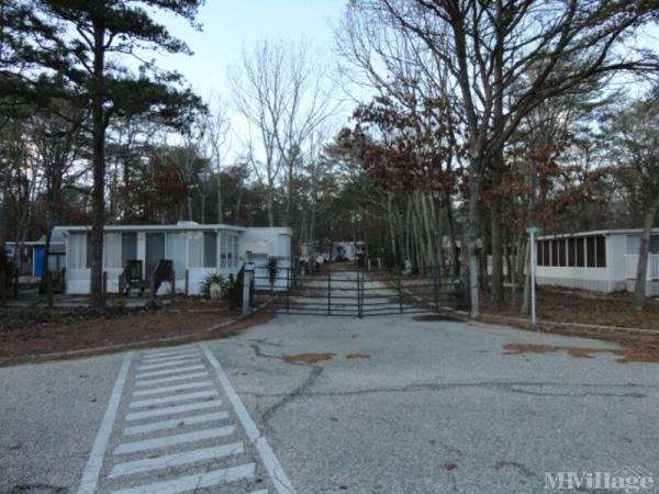 Oak Ridge Resort Mobile Home Park in Marmora, NJ