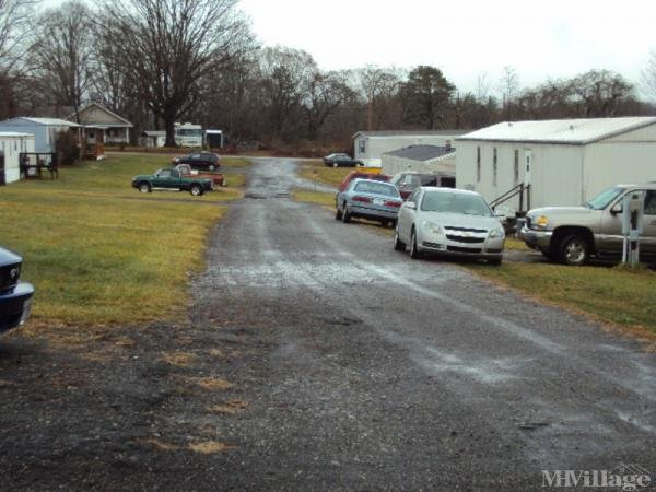 Photo of Hayfield Mobile Home Park, Candler, NC
