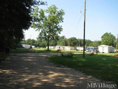 Mobile Home Park in Independence LA