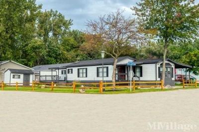 Mobile Home Park in Fowlerville MI