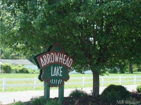 Arrowhead Lake Mobile Home Park in Swanton, OH