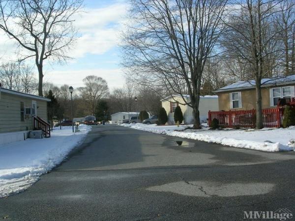 Photo of Glasgow Pines Mobile Home Park, Newark DE
