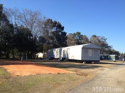 Mobile Home Park in Eight Mile AL