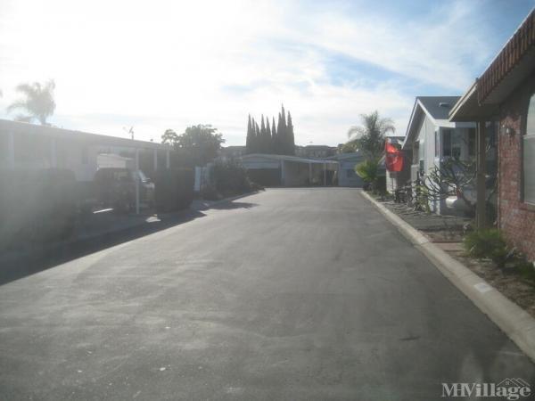 Photo of Park Royale Mobile Home Park, Orange, CA