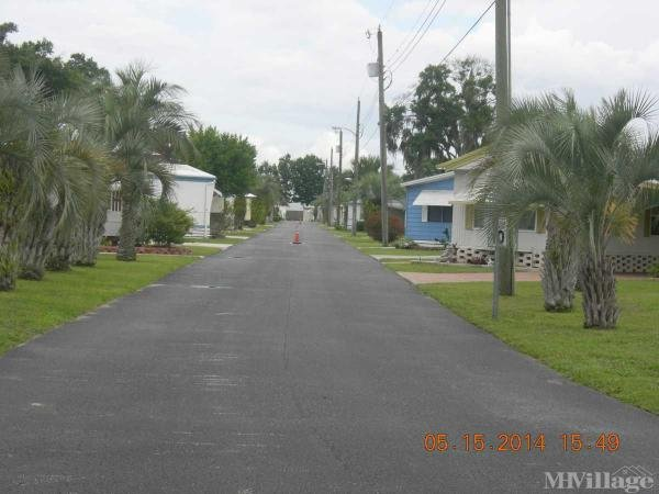 Paradise Palms MHP Mobile Home Park in Lakeland, FL
