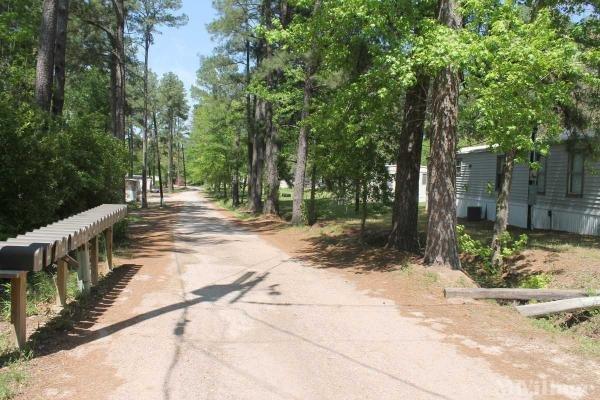 Photo of Cedar Valley Mobile Home Park, Huntsville, TX