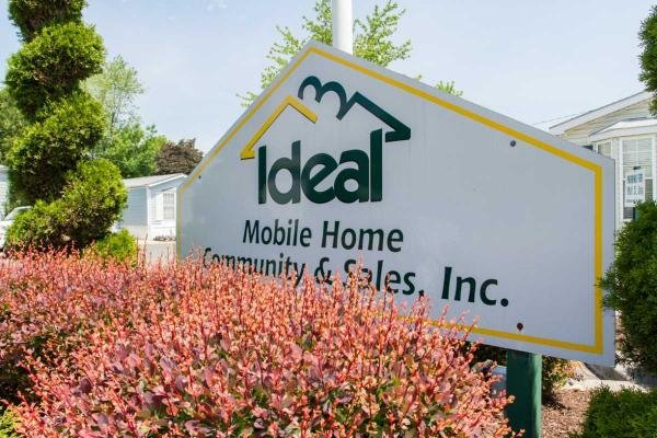 IDEAL HOMES - Ideal Mobile Home Community