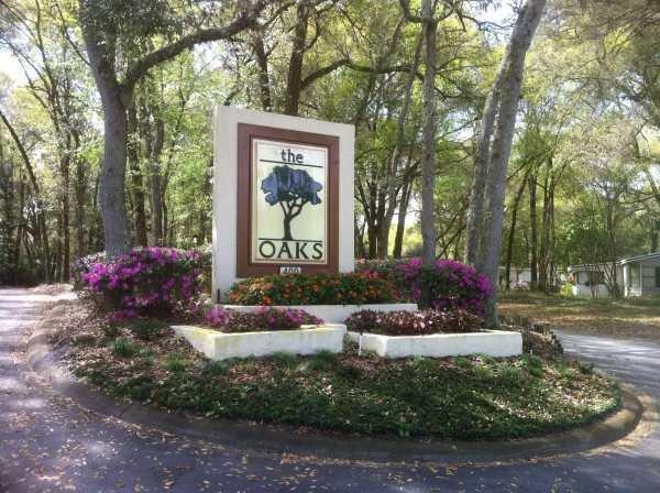 Amicorp Properties/ The Oaks/Lake Helen Villa Mobile Home Dealer in Deland, FL