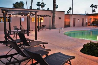 Royal Palm MHC & R.V. Resort mobile home dealer with manufactured homes for sale in Phoenix, AZ. View homes, community listings, photos, and more on MHVillage.
