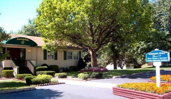 Sunnydale Mobile Home Park Mobile Home Dealer in Saint Charles, MO