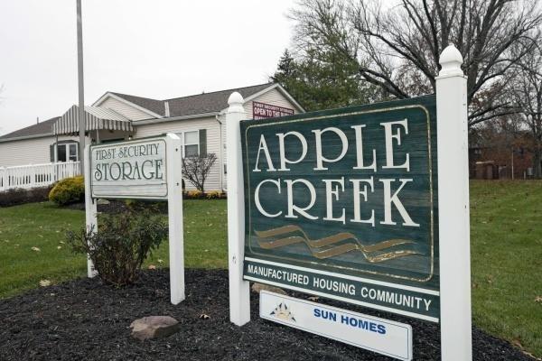 Apple Creek Mobile Home Dealer in Amelia, OH