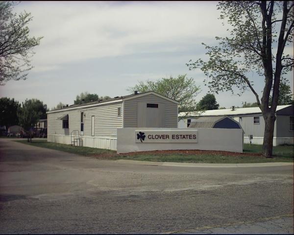Clover Estates LC Mobile Home Dealer in Muskegon, MI