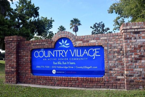 Country Village Mobile Home Dealer in Orange City, FL
