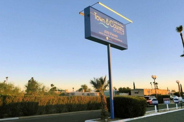 Town and Country Mobile Home Dealer in Tucson, AZ