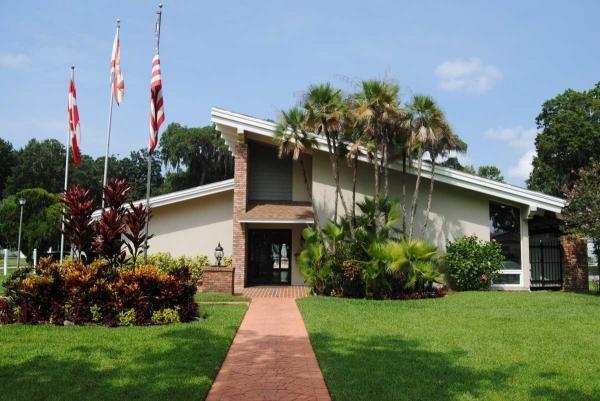 Carriage Cove Mobile Home Dealer in Daytona Beach, FL
