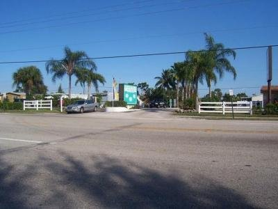Mobile Home Dealer in West Palm Beach FL