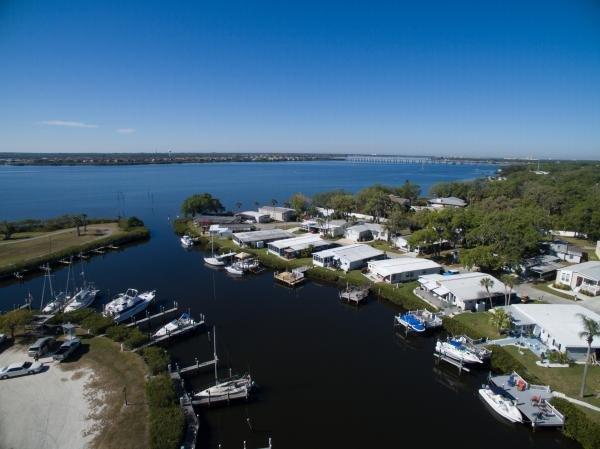 Colony Cove Mobile Home Dealer in Ellenton, FL