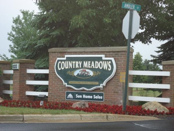 Country Hills Meadows Mobile Home Dealer in Caledonia, MI