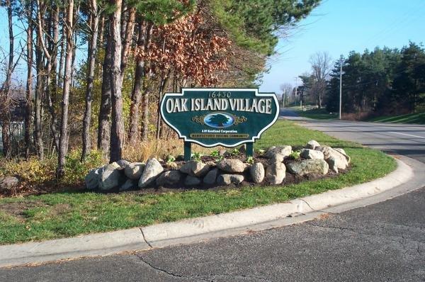 Oak Island Village Mobile Home Dealer in East Lansing, MI