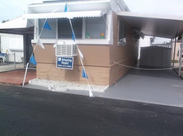 Home Mobile Home Mobile Home Dealer in Hallandale, FL