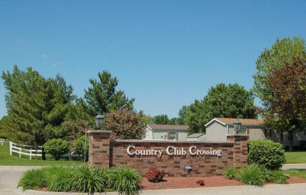 Country Club Crossing Mobile Home Dealer in Altoona, IA