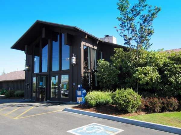 Club House & Office