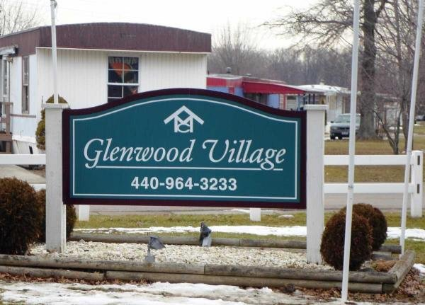 Glenwood Village signage