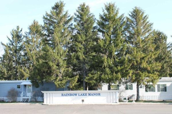 Rainbow Lake Manor Mobile Home Dealer in Bristol, WI