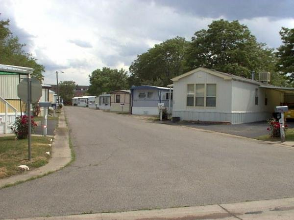 Thornton Estates Mobile Home Dealer in Thornton, CO
