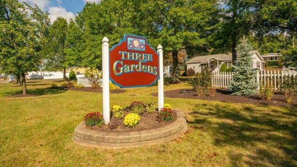 Three Gardens Mobile Home Dealer in Southington, CT