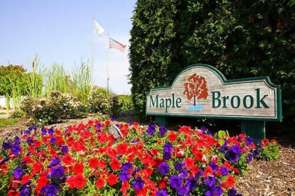 Maple Brook Mobile Home Dealer in Matteson, IL