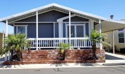 Mobile Home Dealer in Huntington Beach CA