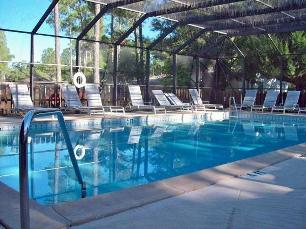 Pine Forest Mobile Home Dealer in Bunnell, FL