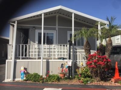 Mobile Home Dealer in Vista CA