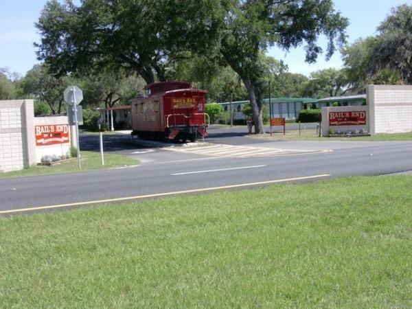 Rails End Mobile Home Dealer in Wildwood, FL