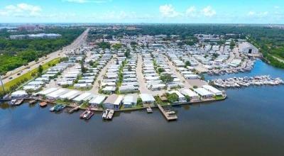 Mobile Home Dealer in Saint Petersburg FL
